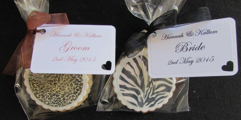 Printed wedding cookies
